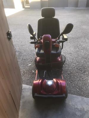 Scooter per uso esterno surace