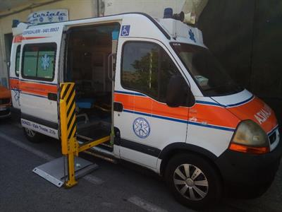 Ambulanza aricar con pedana x disabili