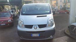 Renault Trafic con pedana montacarichi